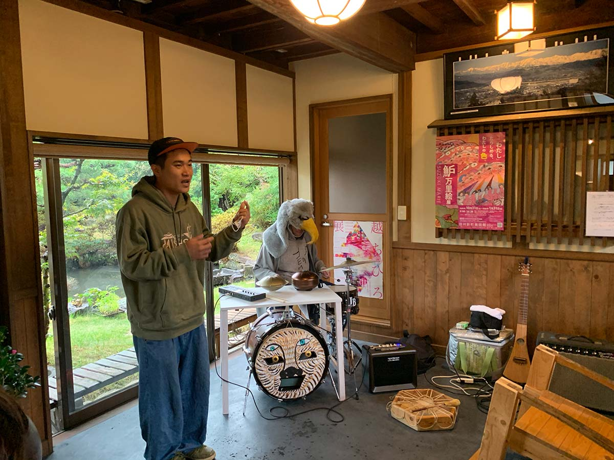 Small Art Show vol.4 Opening Performance